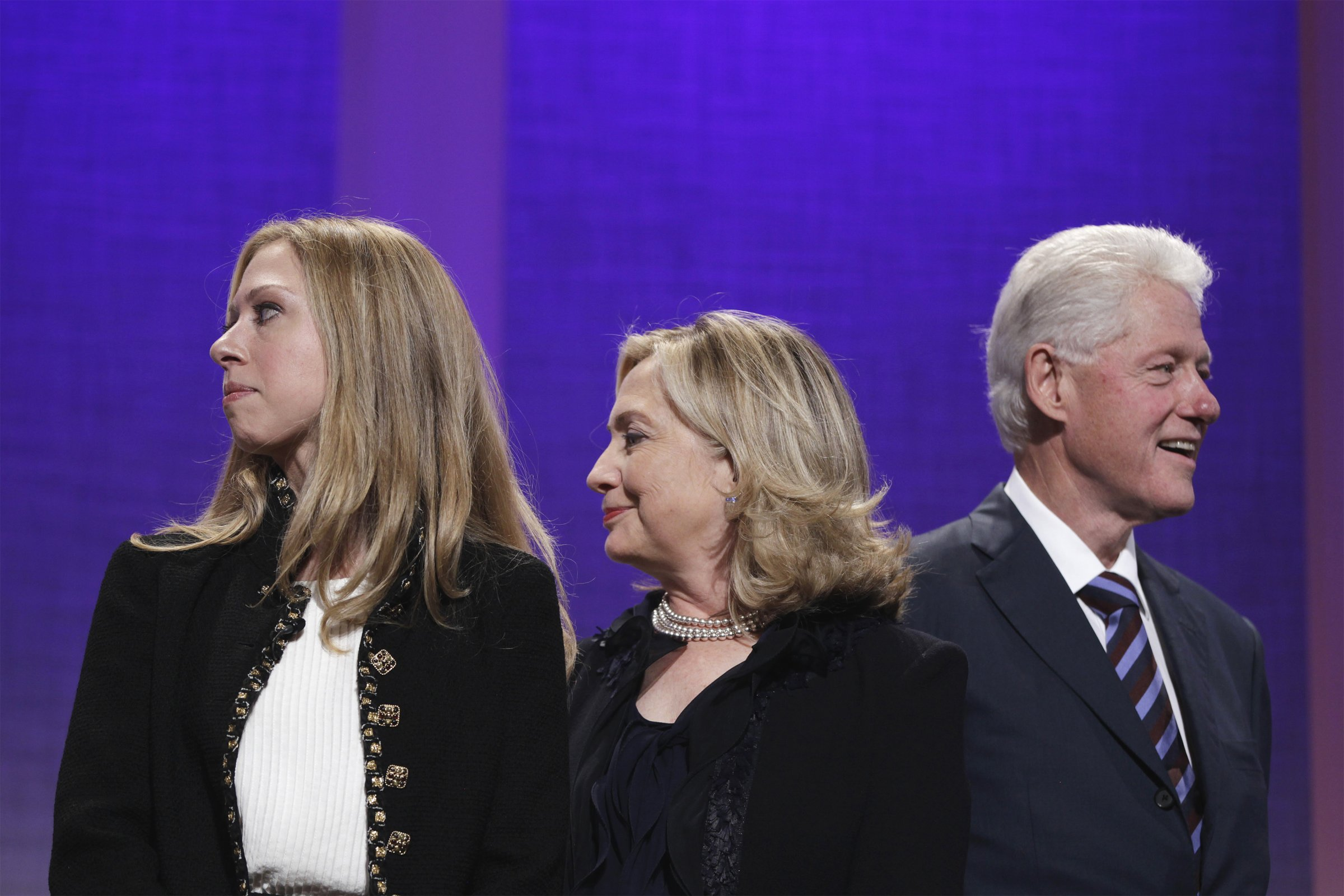 THE CLINTONS - BACK ON THE ROAD AGAIN!